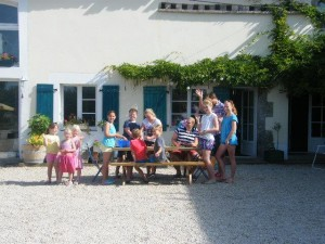 A welcome and well earned break during holiday club at La Boulinerie