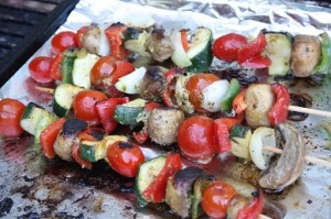 Veggie kebabs on BBQ night at La Boulinerie